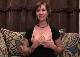 Mature  with saggy titties humps poon