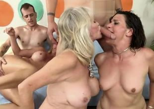 Mature Insatiable Hook-up