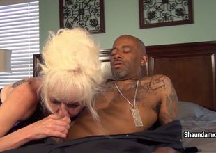 Shaundamxxx in Pay With Snatch -..