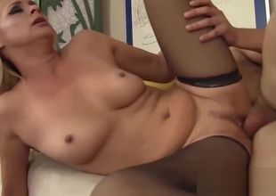 Ash-blonde Cougar Tears up Truly Firm