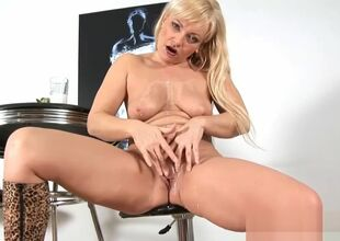 Winebibber Milf Renata Have sexual..