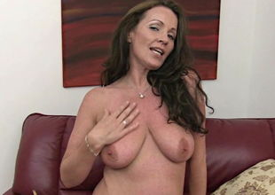 mature Marlyn strokes under muddy chat